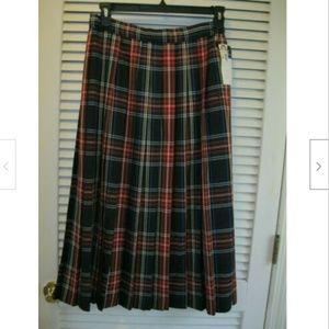 Vintage Lloyd New York Tartan Plaid Pleated Skirt